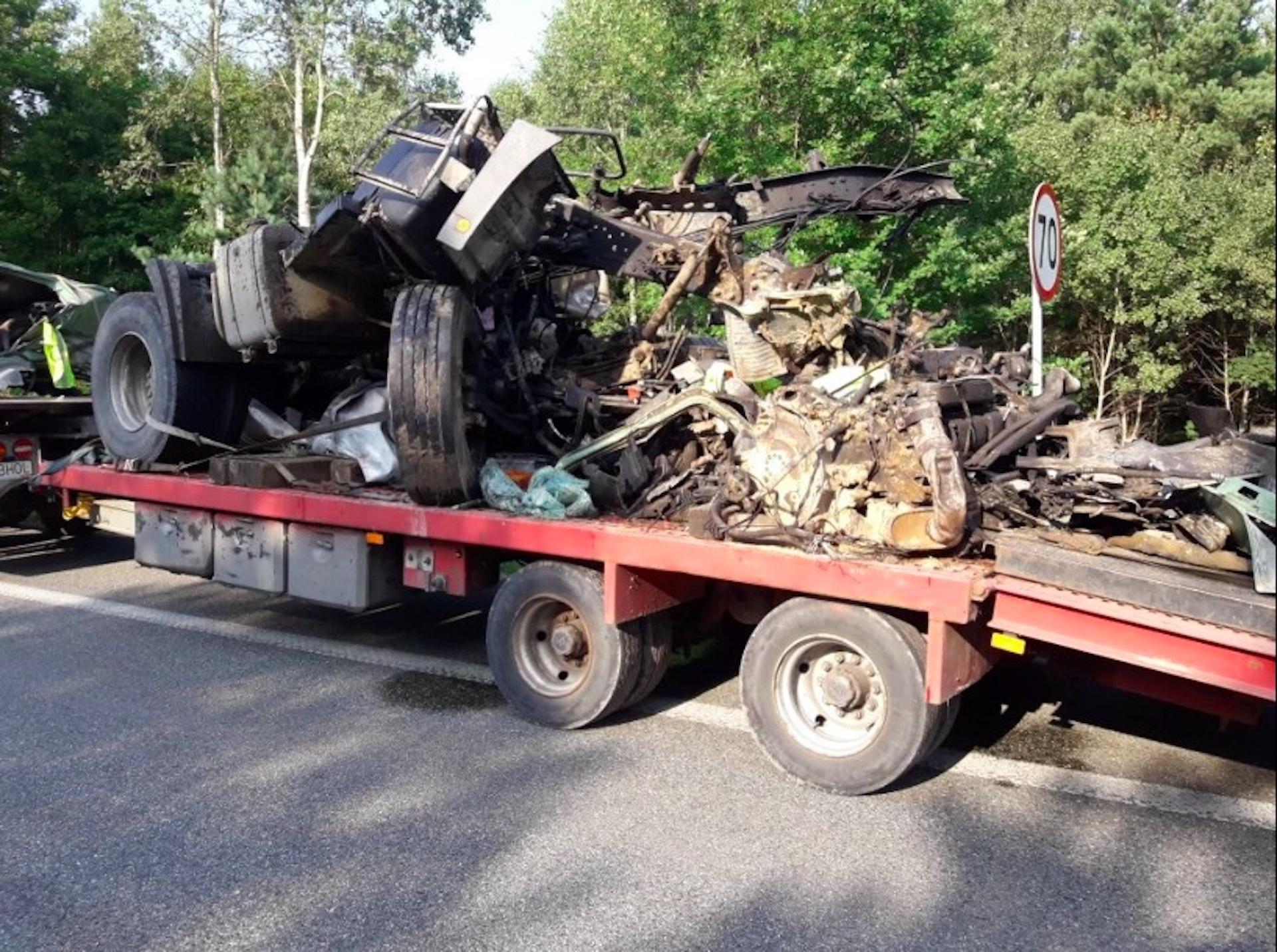 Niepublikowane wcześniej zdjęcia z wypadku w Grębiszewie