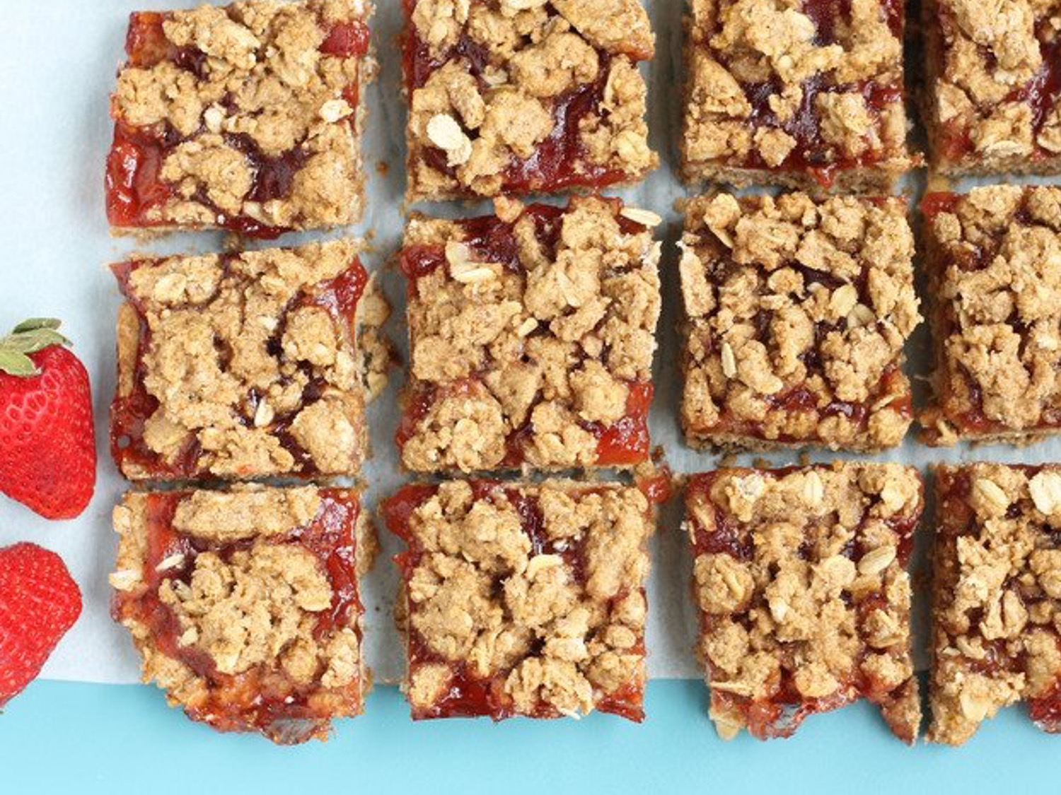strawberry-bars-blog
