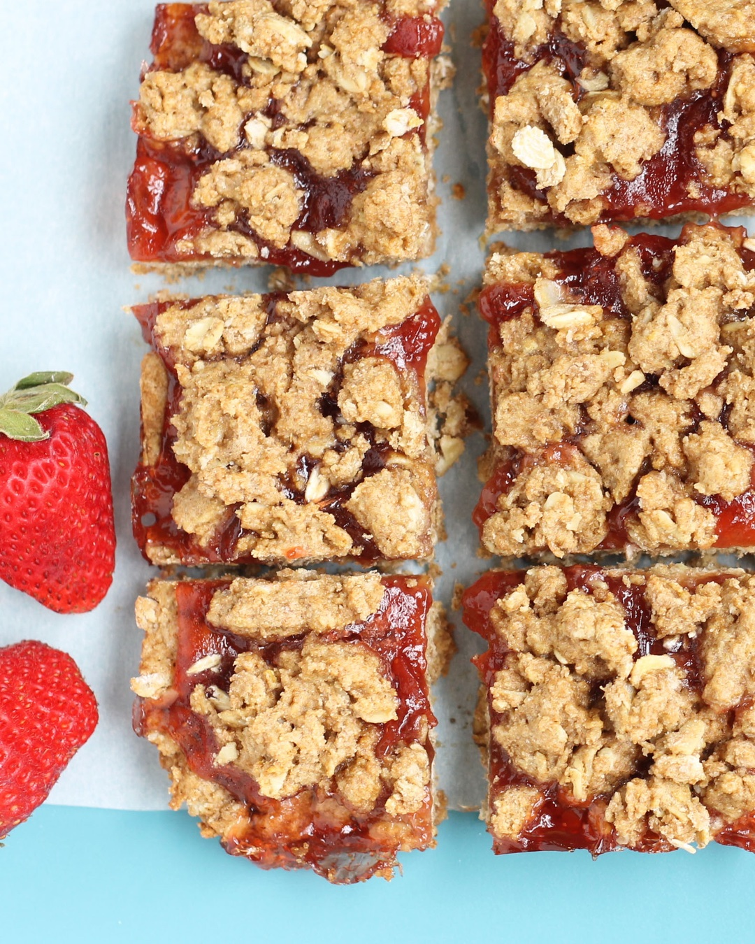 strawberry-cookie-bars-ig