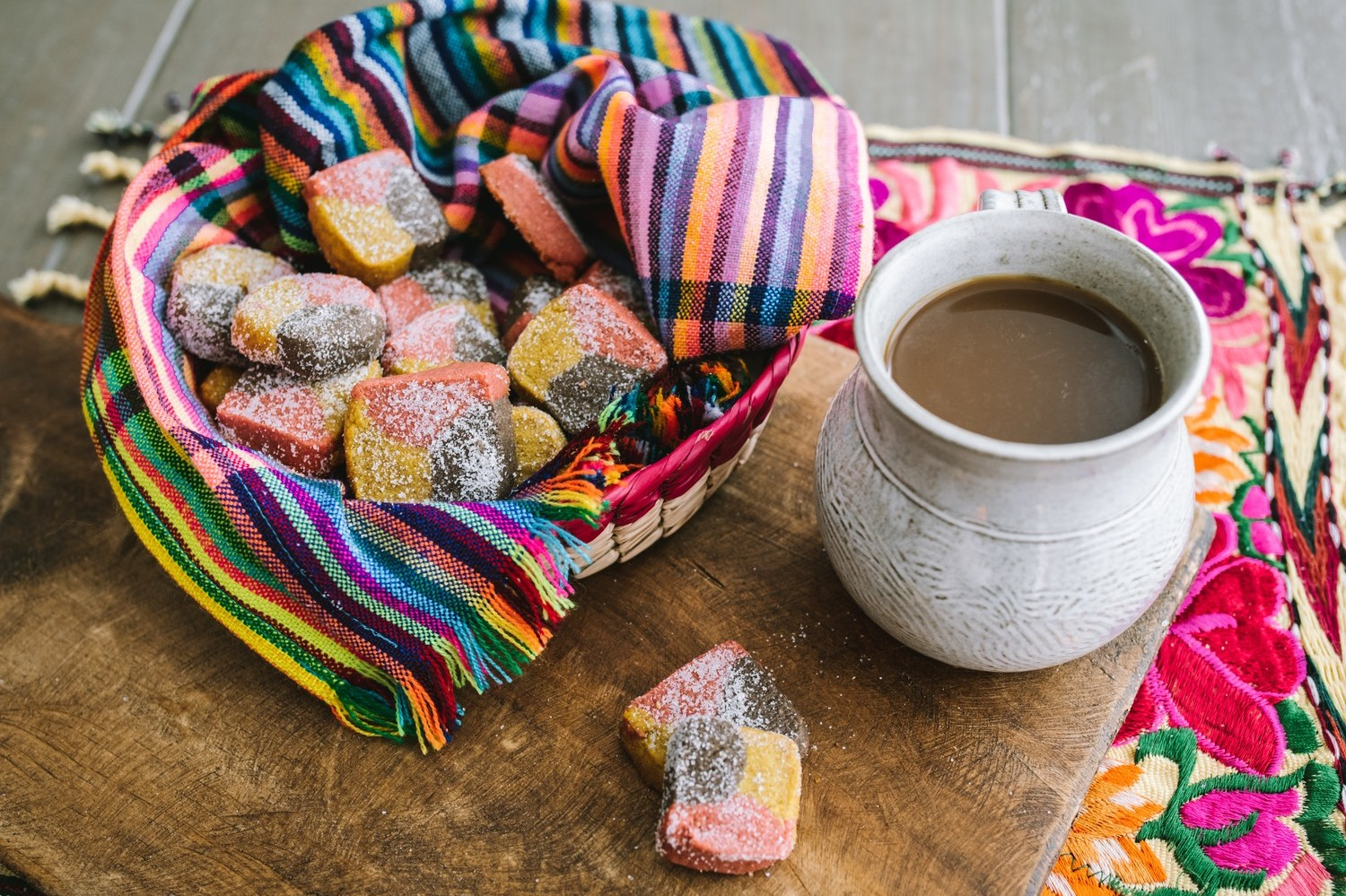 Mexican tri-color polvorones recipe for nutty, hearty, whole wheat shortbread cookies dusted with sugar. | nelliesfreerange.com