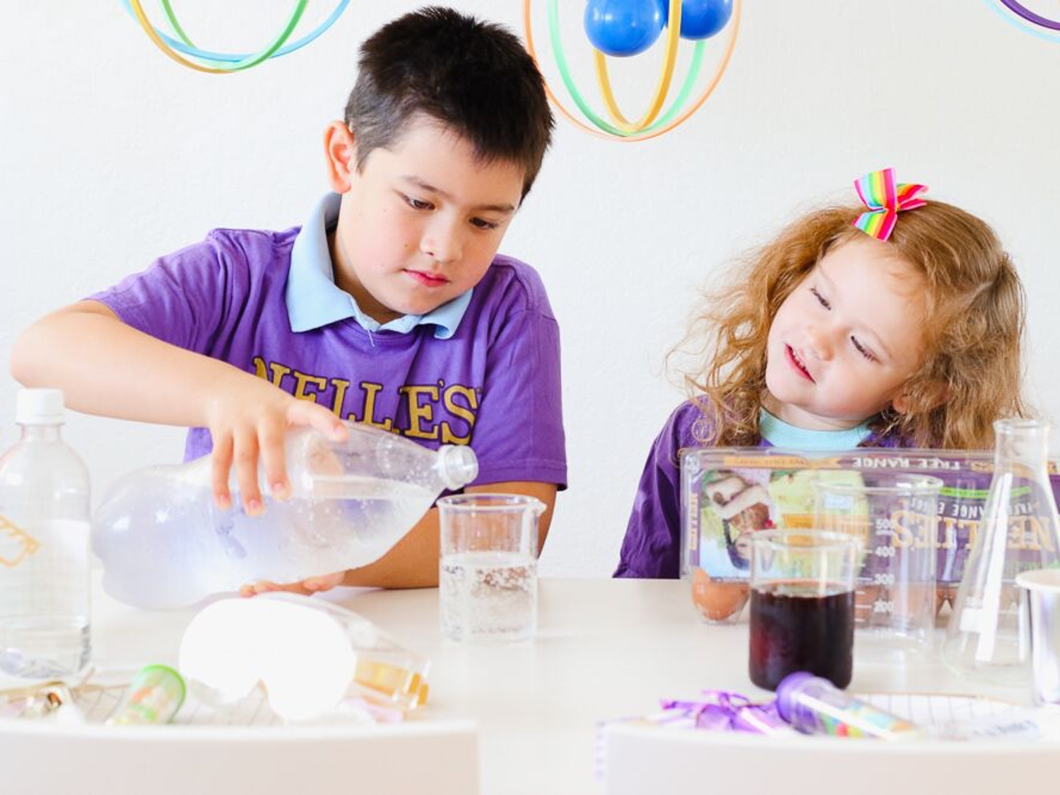 science-themed-party-experiments