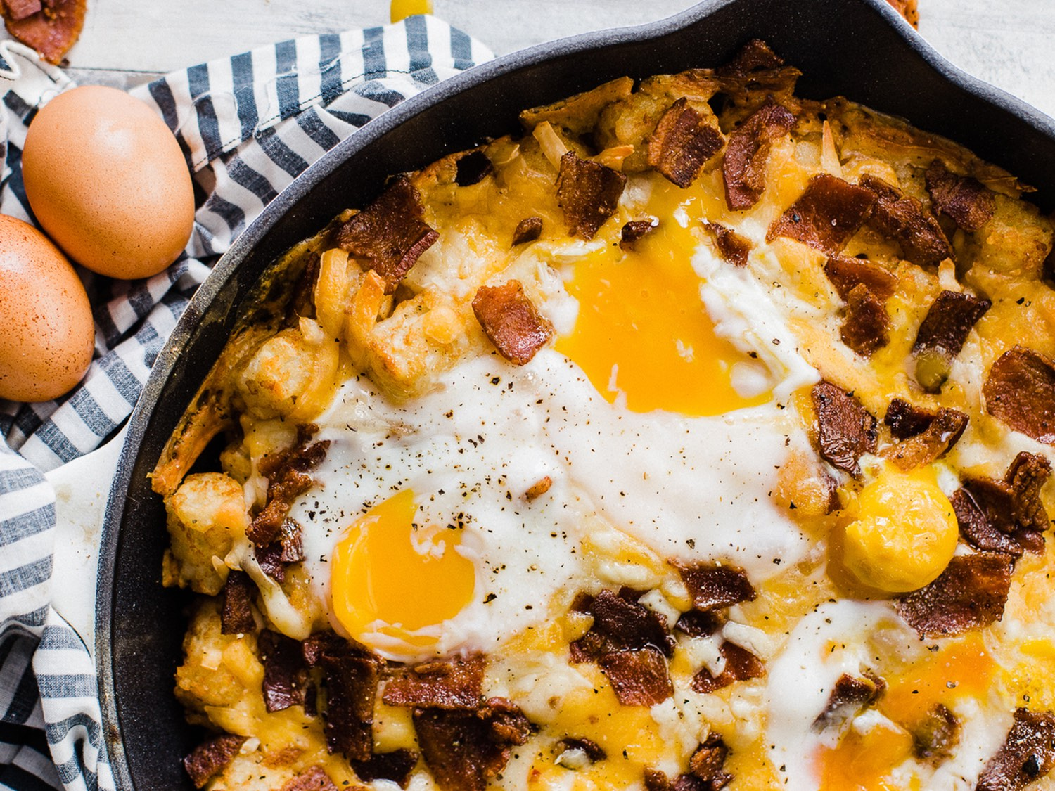 bacon-egg-cheese-totchos-blog