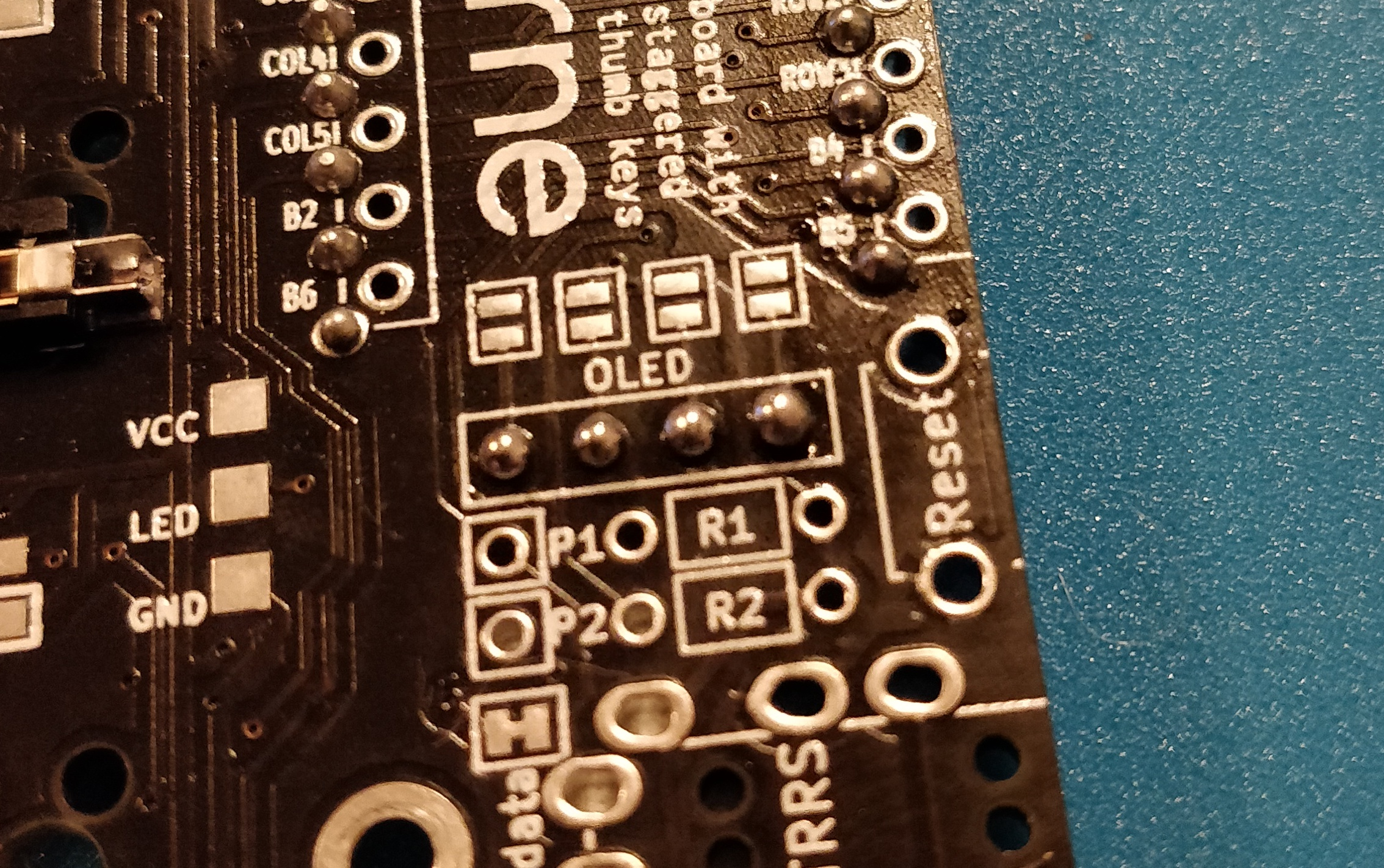 step 12.2 - corne crkbd - solder the OLED header sockets