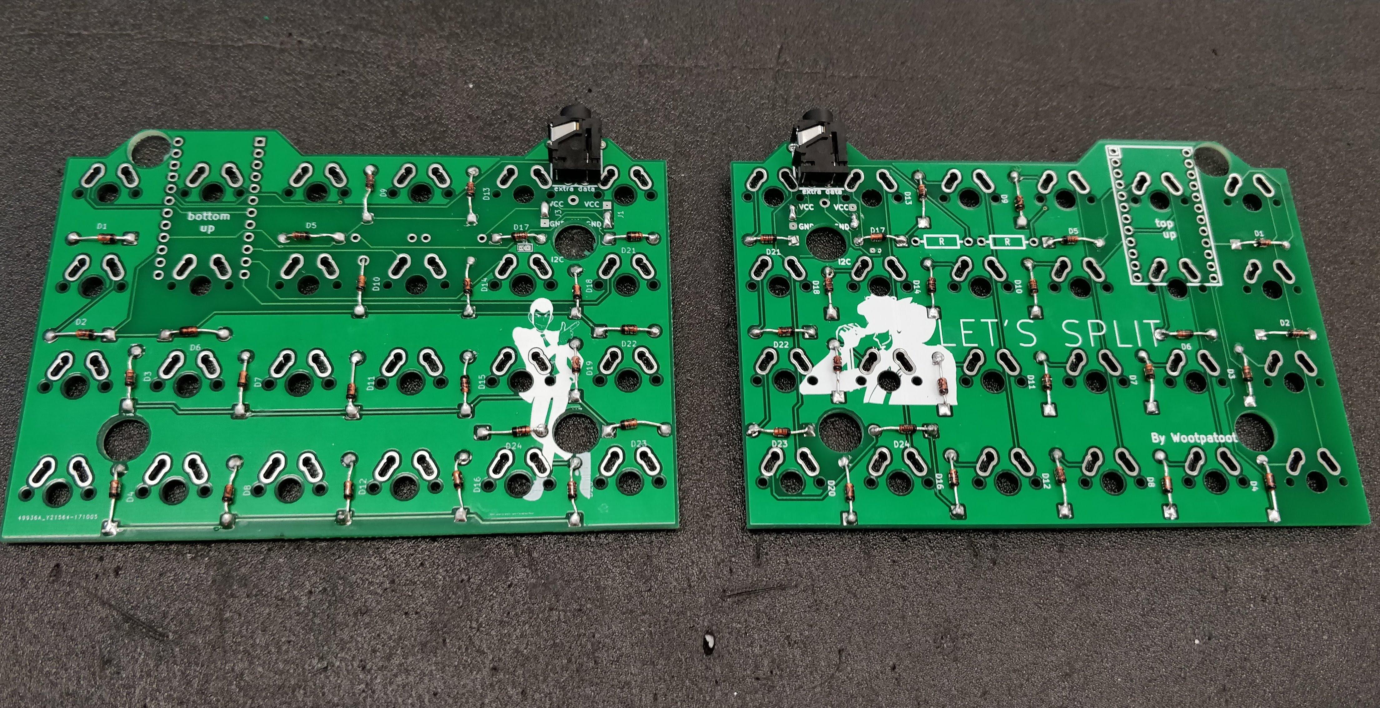 Let's Split - Step 3 - TRRS jacks soldered