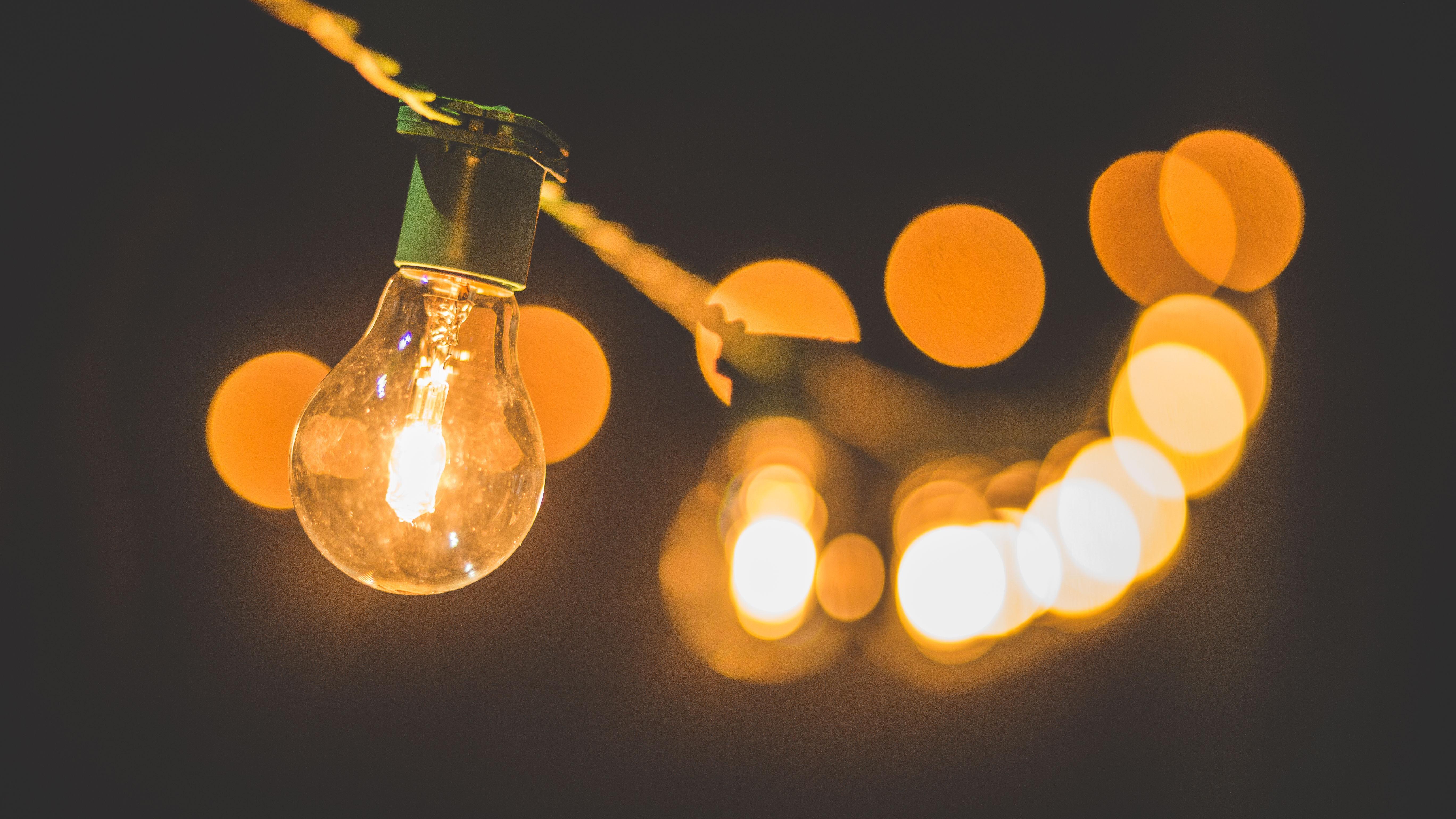 Don't be afraid of the dark - Light bulbs