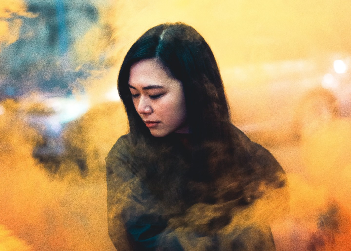 woman-colorful-smoke