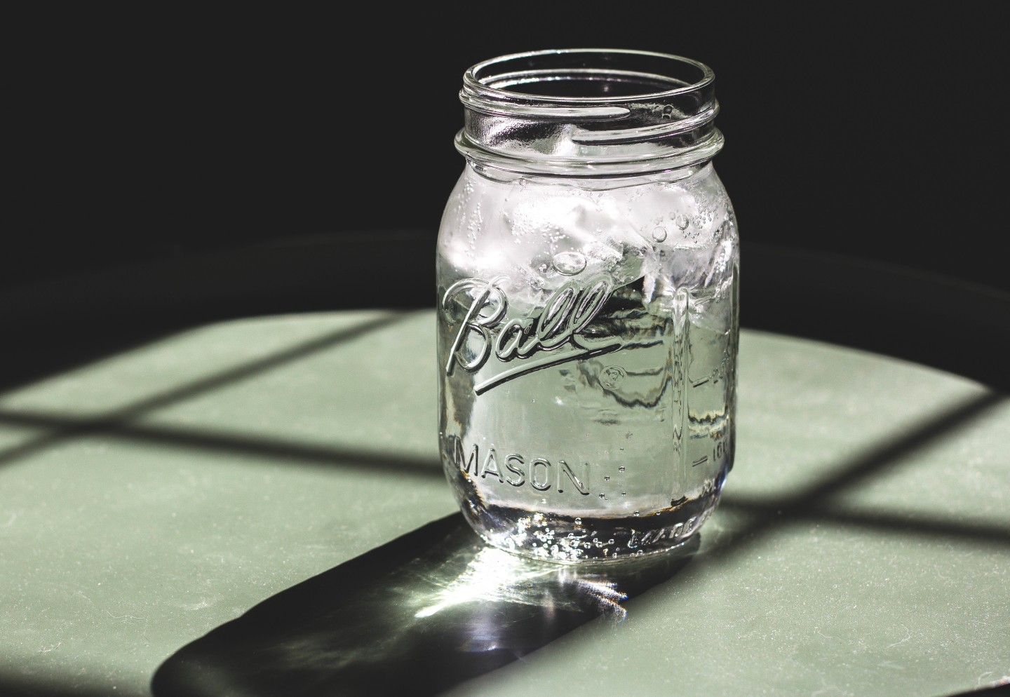 water-and-ice-in-mason-jar