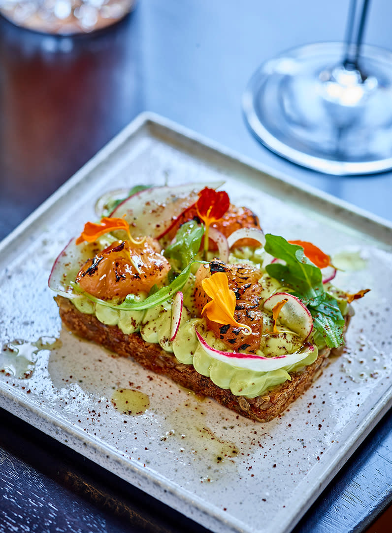 Where to Eat: Detroit_Foundation Hotel Interior / Avocado Toast
