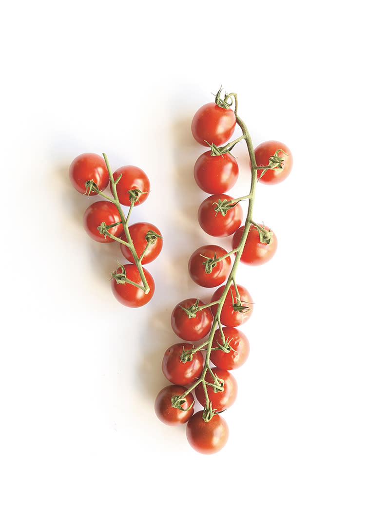 BOLD COLORS, HEALTHY FOOD_tomatos