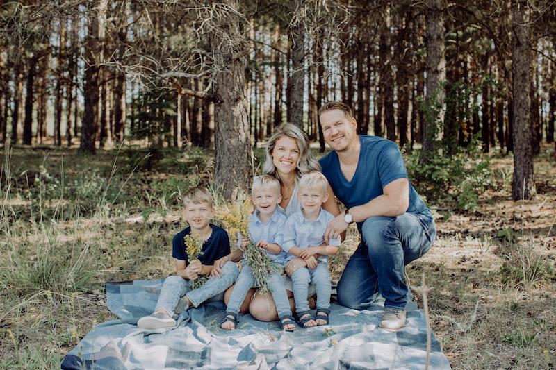 Raelynn Reimer (family)