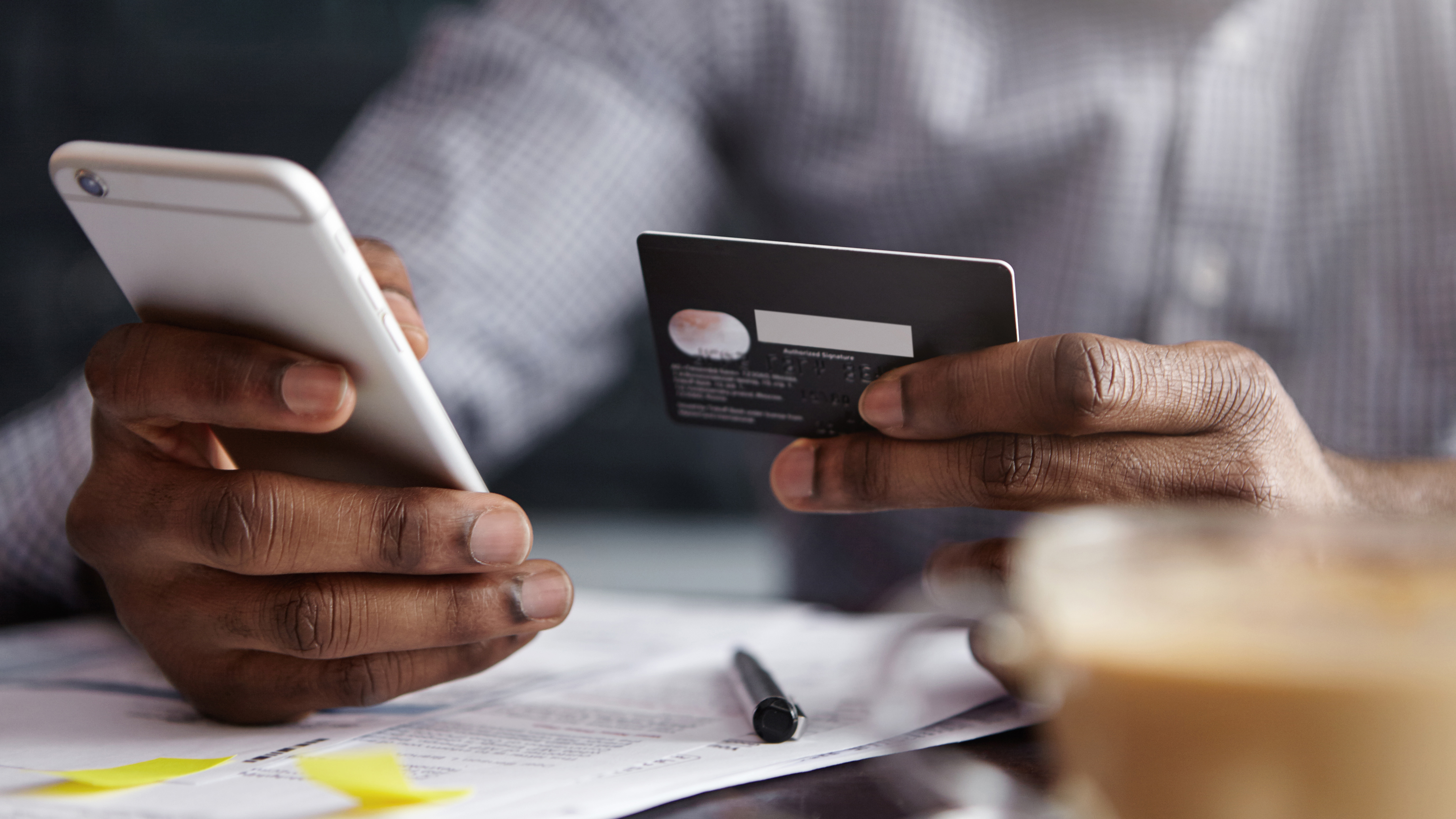 3 Benefits of Mobile Access to Credit Card Account