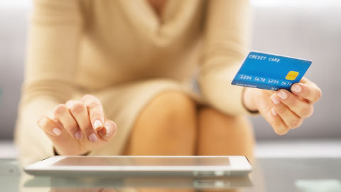 Are You Using Your Credit Card in a Safe and Secure Way?