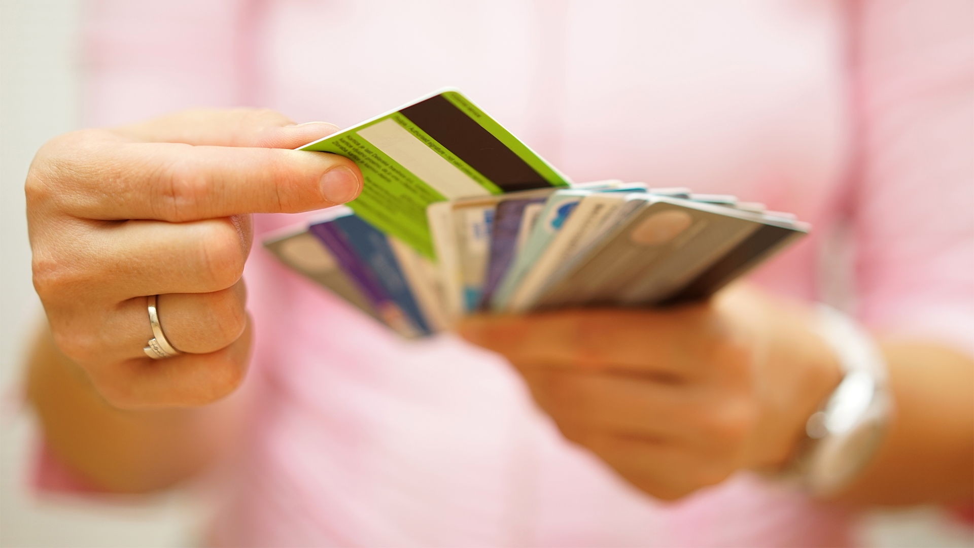 How To Choose A Credit Card_Creative