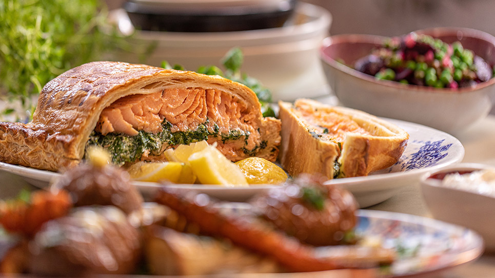 Salmon En Croute John And Lisa S Weekend Kitchen