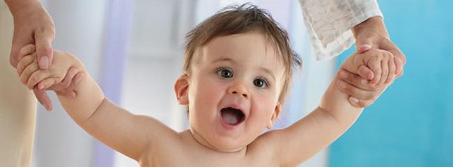ways-to-get-your-baby-development-and-key-milestoneswalking