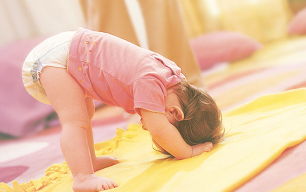how-babies-learn-to-move-around