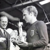 The Queen presents the 1966 World Cup to England Captain, Bobby Moore 2 thumbnail