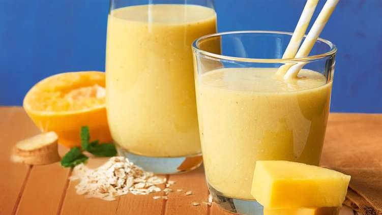 tropical-breakfast-smoothie