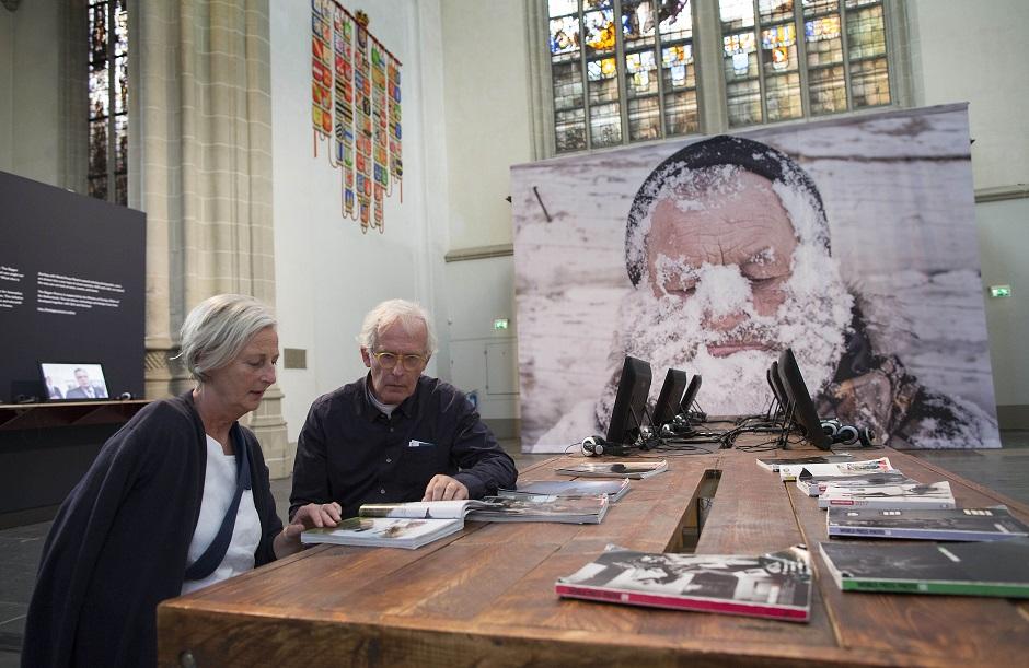 World Press Photo en Schiphol Privium 3