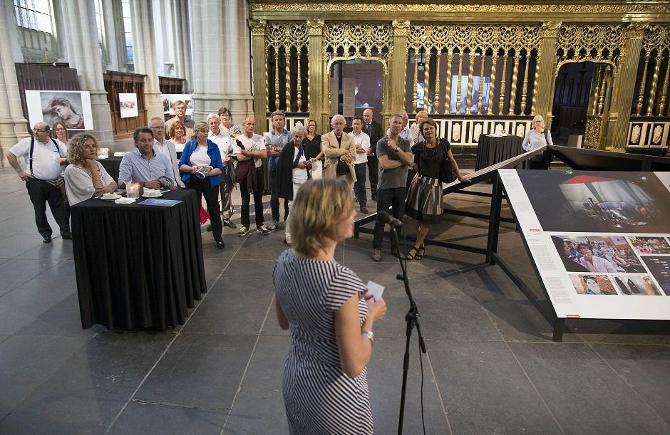 World Press Photo en Schiphol Privium 9