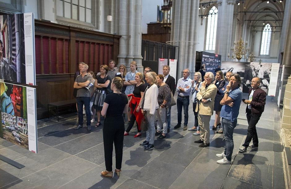 World Press Photo en Schiphol Privium 17