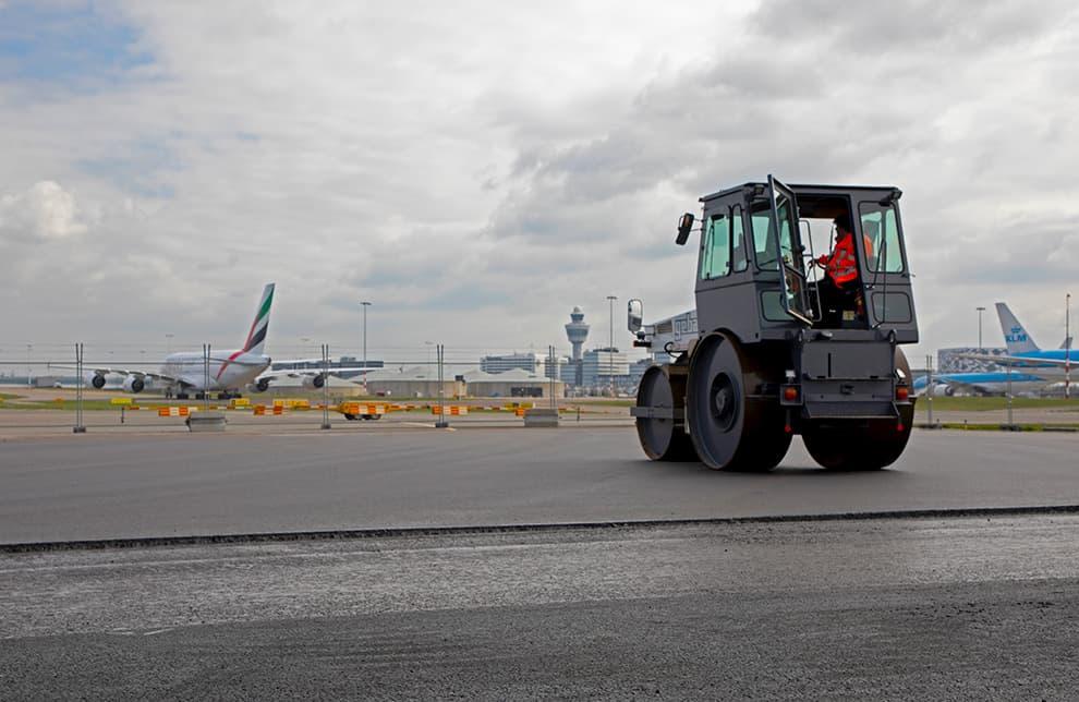 Maintenance Zwanenburgbaan Runway May 2020