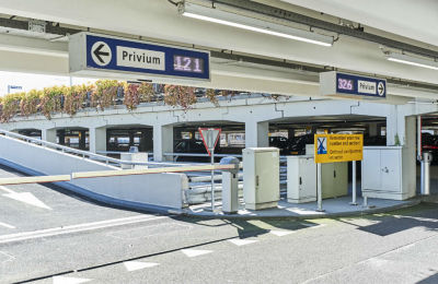 Privium 1 Holiday Parking