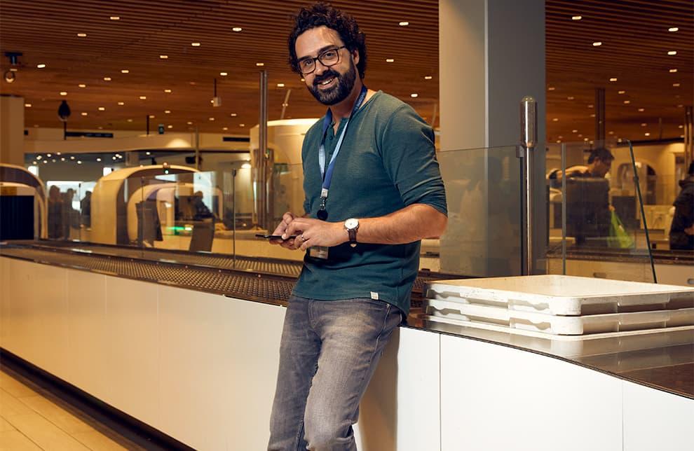 Poyan Karbor, UX designer