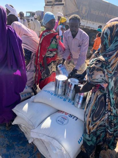 Food distributions in Aja and Boulay