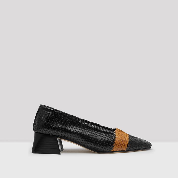 Eivissa Black Woven Leather Shoes