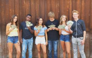 A Teen's Guide To Banking