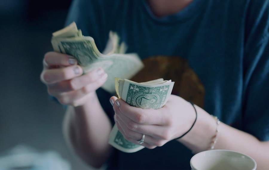 Here's How to Budget in Your Teens