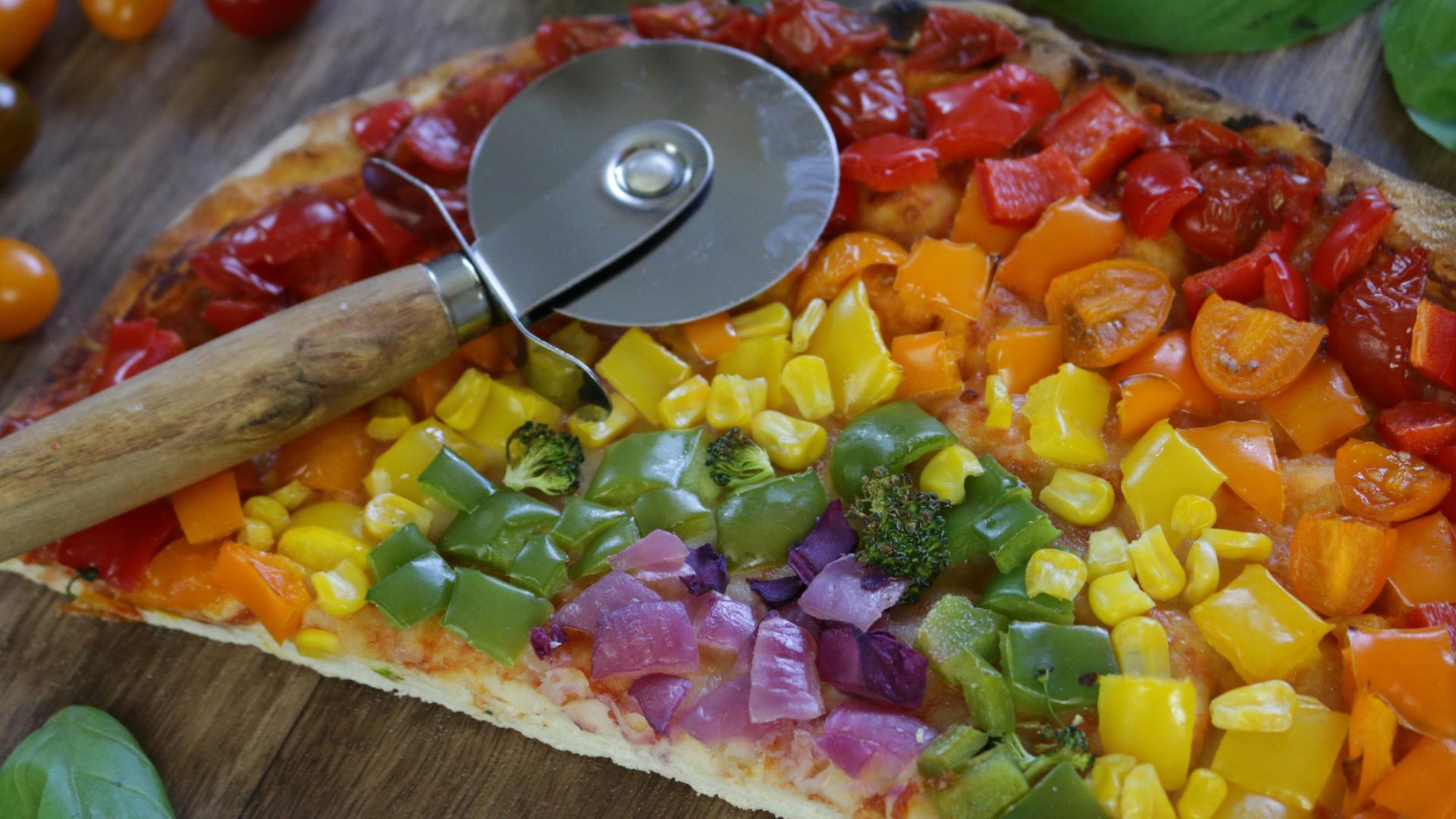 Manger un arc-en-ciel de fruits et légumes
