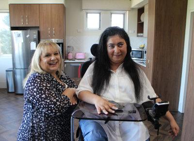 Anna and Wendy in Wendy's SDA apartmetn