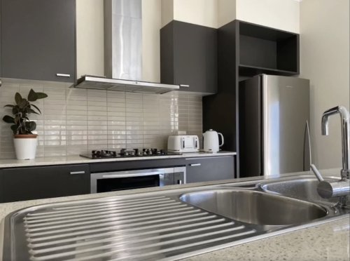 picture of the accessible kitchen at the Carnegie property