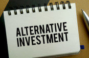 "Piece of paper with the words ""Alternative Investment"""