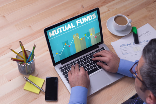 Mutual funds visual information on computer.