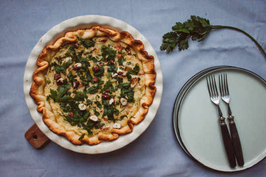 Chanterelle-leek quiche