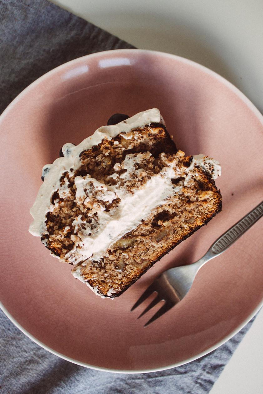 veganer walnusskuchen mit kaffee creme zucker jagdwurst. Black Bedroom Furniture Sets. Home Design Ideas