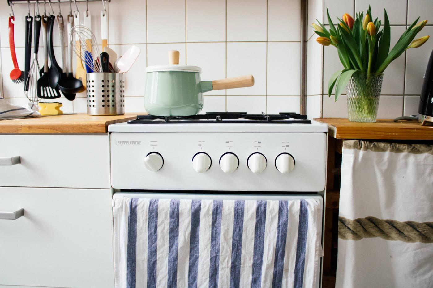 backen mit gasofen 5 tipps zucker jagdwurst. Black Bedroom Furniture Sets. Home Design Ideas