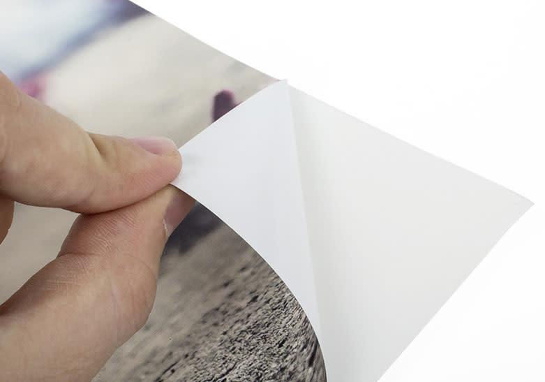 Vinyle adhésif blanc ultra-enlevable