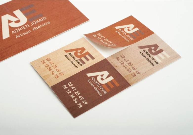 Carte Adhesive
