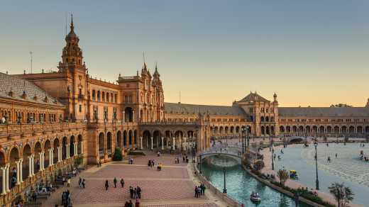 Discover the Plaza Mayor in Seville on a South of Spain tour