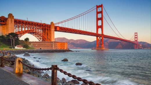 The Golden Gate Bridge in the evening.