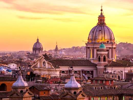 Discover the beautiful city of Rome on a Rome and Amalfi Coast Tour