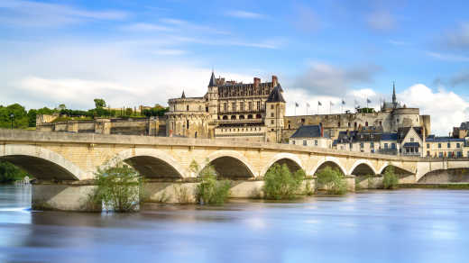 Discover the beautiful, medieval cities of the Loire Valley on a Loire Valley tour