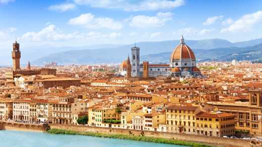 Discover the beautiful skyline of Florence on a Florence vacation