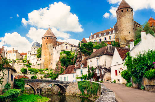 Experience culture and pleasure on a Burgundy holiday
