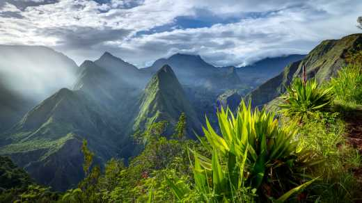 Hike in your La Reunion holiday to the Cirque de Mafate Caldera.