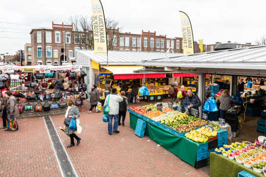 Haagse Markt - experience the largest open-air market during a holiday in The Hague